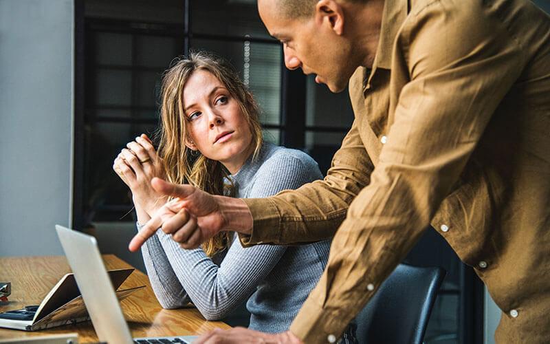 女性部下を扱いにくいと感じている男性上司のための女性社員への職場での接し方